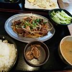 うみブタ - レバニラ炒め定食