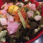 海鮮や 十兵衛 - 海鮮丼アップ ピント甘い(ーдー)