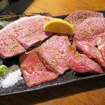 たまには焼肉 - 松阪牛盛り合わせ