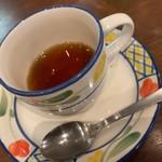 ロッソ エ ビアンコ - ランチ 紅茶