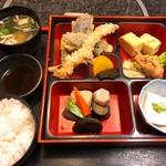 蔵の美食館 北八方 - 天ぷら弁当