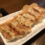 英国昇龍 - 焼餃子!
