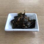 ぼたん亭 - サービスの昆布佃煮