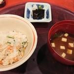 一汁ニ菜 うえの - 御飯と赤出汁・香物