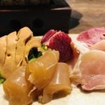地鶏割烹 稲垣 - 鶏刺し