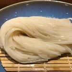 銀座 佐藤養助 養心蔵 - コシがある細麺