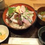 漁港直送鮮魚と地酒 くすくす - 2011/8/8 湘南海鮮丼