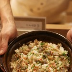 馳走 山傳 - ズワイガニと蓮根の炊き込み