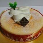 不二家 - 料理写真:「クリスマススフレチーズケーキ」
