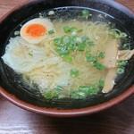 99067777 - ハーフワンタン麺。