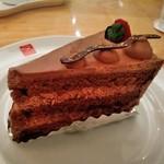カフェ アマティ - [料理] へレントルテベリー (チョコ) 全景♪w
