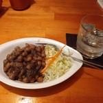 カトマンドゥ - ひよこ豆のアレ。
