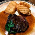 旬菜 籐や - 和牛フィレステーキ にんにく醤油ソース