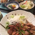 しゅん亭 - 料理写真:トンテキとレディース膳(2018.12.現在)