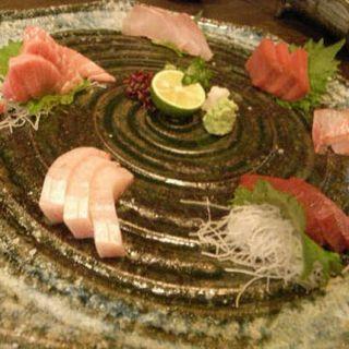 その日味わえる旬の鮮魚を厳選。