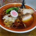 拉麺アイオイ - 料理写真:「醤油らーめん」 スープ・麺・具のバランスが良い