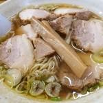 中華そば 弥太郎 - ワンタン麺 780円 + チャーシュー 280円