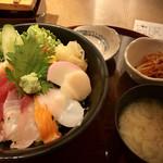 串焼き・魚 新宿宮川 - 海鮮丼