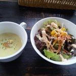 9910006 - サラダとスープ