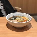 福しん - 手もみラーメン(麺少な目)