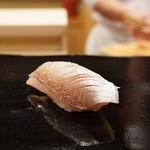 日本橋蛎殻町 すぎた - 春子の昆布締め