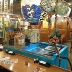 魚盛 - 魚盛 丸の内店 @大手町 店内 右奥左手に喫煙席があります