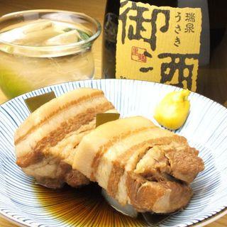 素材にこだわり尽くした沖縄料理。本物の味をお届けします