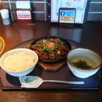 焼肉居酒家 韓の台所 - プルコギランチ
