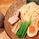 麺屋ぬかじ - 味玉つけ麺