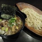 二代目 麺やケイジロウ - 特製濃厚魚介鶏つけ麺(細麺)