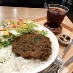 グッドニュースカフェ - スパイシーキーマカレー(980円)