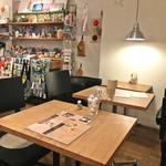 グッドニュースカフェ - 店内