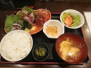 日本酒 炉端焼き 郷味 本店の料理の写真