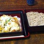 そば茶屋庄吉 - かつ重セット(780円)