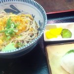 そば茶屋庄吉 - 冷やしそば定食(600円)