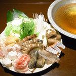 ぶらり亭 - ・寄せ鍋コース  要予約。海の幸、お肉、野菜がてんこ盛り!まさに寄せ鍋!
