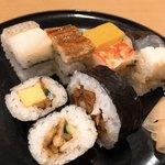 99150597 - 大阪寿司取合せ