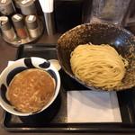 三ツ矢堂製麺 - ゆず風味つけめん 中盛り 870円