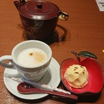 99154385 - 食後のカフェラテと、子供へサービスのアイスクリーム