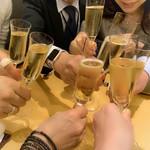 Shimanamifurenchimurakami - シャンパンで乾杯