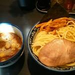 兎に角 - つけ麺(大盛り)(880円)