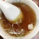 珍来 - セットのスープ