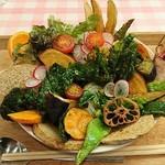 アーリオ・オーリオ - 野菜ゴロゴロスペシャルカレー