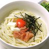東京讃岐うどん 花は咲く - 料理写真:釜玉明太バター ¥1080