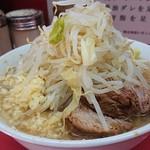 99171057 - 小ラーメン野菜+ニンニク