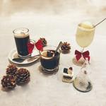 出汁鍋&海鮮の店 門戸 - Christmas限定のカクテルは大人気でした!