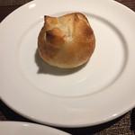 トラットリア ラ ストラーダ - 付け合わせのパン