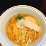 らーめん三極志 - 料理写真:醤油らーめん  750円