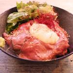 旅×DINING ROUTE ZERO - 銘柄和牛のローストビーフ丼 1000円