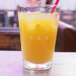 旅×DINING ROUTE ZERO - 銘柄和牛のローストビーフ丼 1000円 のオレンジジュース
